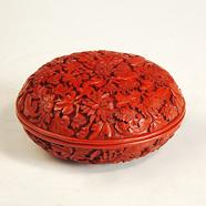 乾隆款剔红菊花纹益寿宝盒