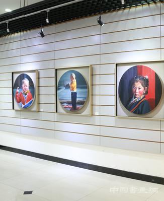 """""""让bodog博狗娱乐登录融入生活""""油画展在西城区文化中心展出"""