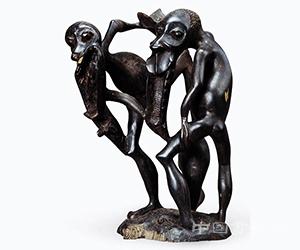<b>中国美术馆展出非洲木雕作品:呈现非洲艺术的淳朴与神秘</b>