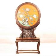 清 红木雕花边座嵌玻璃花鸟圆插屏