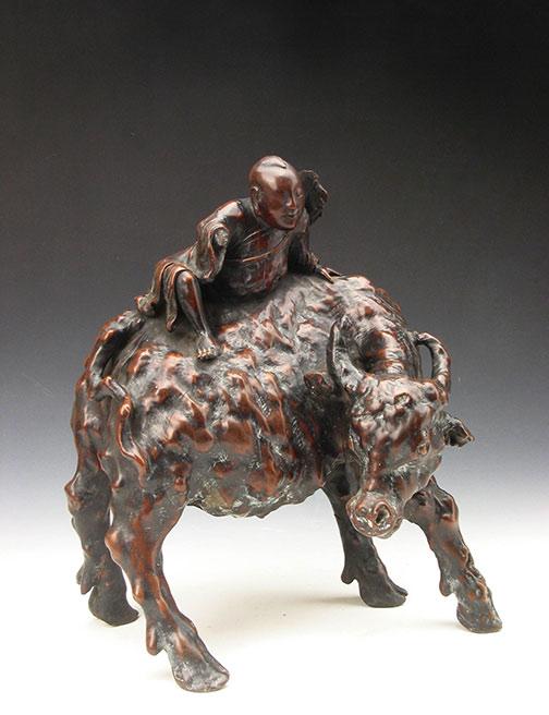 清 樺木雕牧牛像