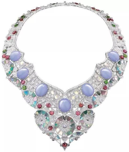把艺术品戴在身上 珠宝行业新气象