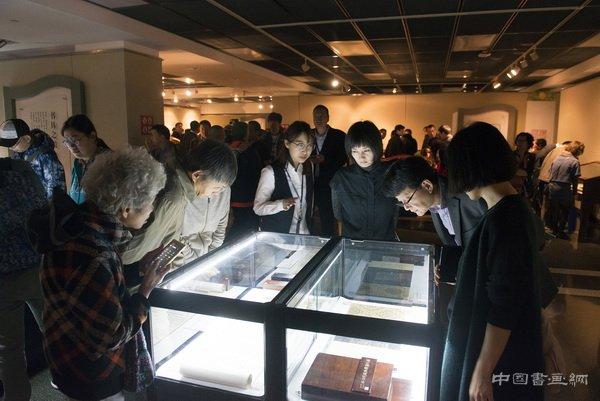 中国古代书籍装潢艺术馆藏文献展延长展期