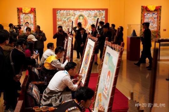 中国美术馆展出五大流派精品唐卡60余幅