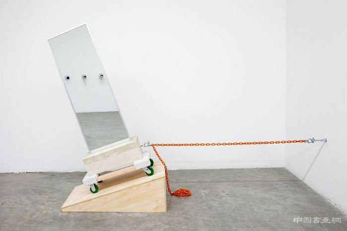 "John Margaritis在迈阿密艺术周的""破碎时间""展"