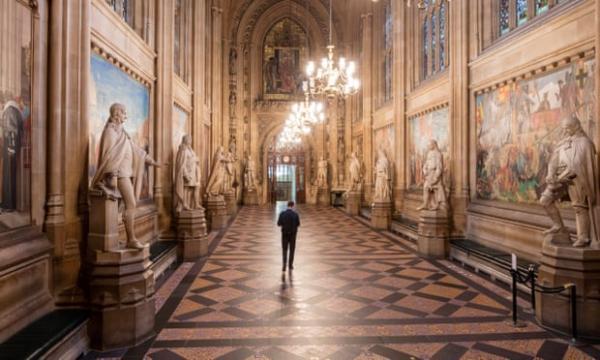 英国15.7亿英镑 重启文化