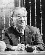 <b>著名华人收藏家翁万戈逝世</b>