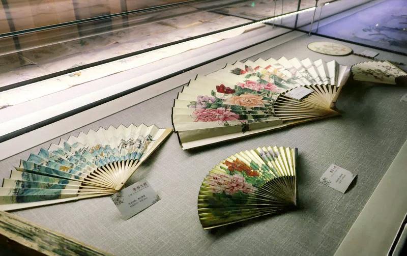<b>墨彩生辉:王雍天先生国画作品展在天津美术馆启幕</b>